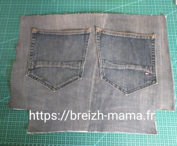 10 - Coudre vos poches sur la partie non brodé ou verso du sac