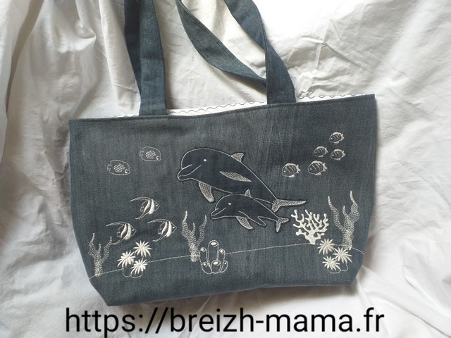 Recyclage jeans - Tuto couture Sac - tote bag jeans recyclé brodé dauphin