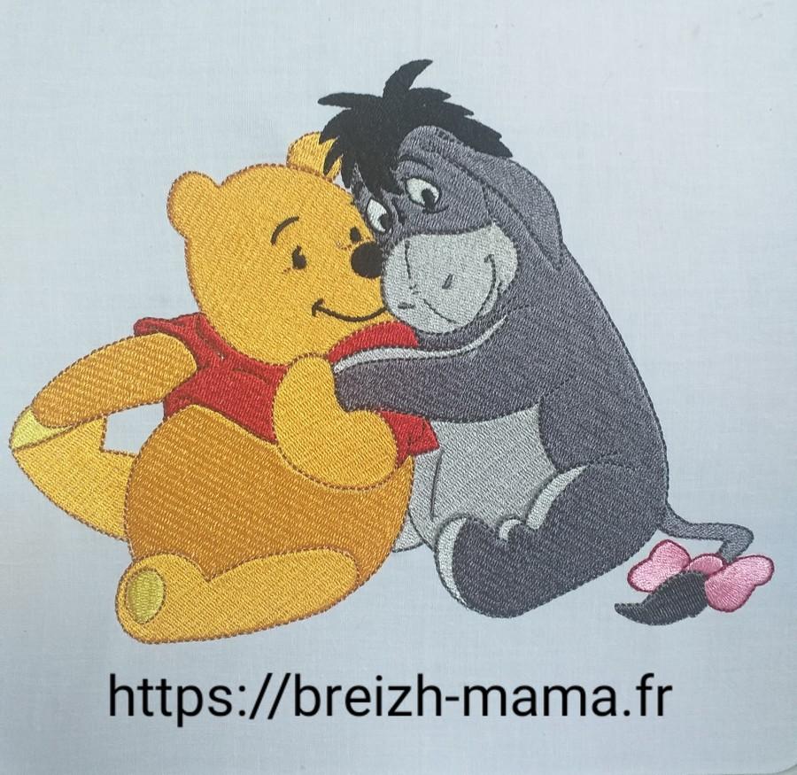 Motif broderie Winnie l ourson et bourriquet