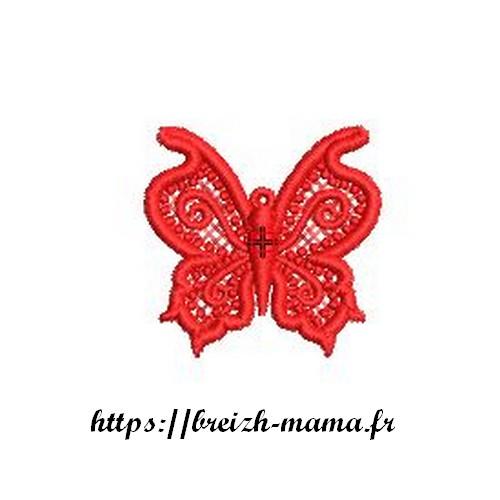 Motif broderie bijou papillon